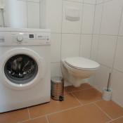 Gäste -WC mit Waschmaschine